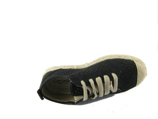 Czarne trampki ze sznurówką na podeszwie